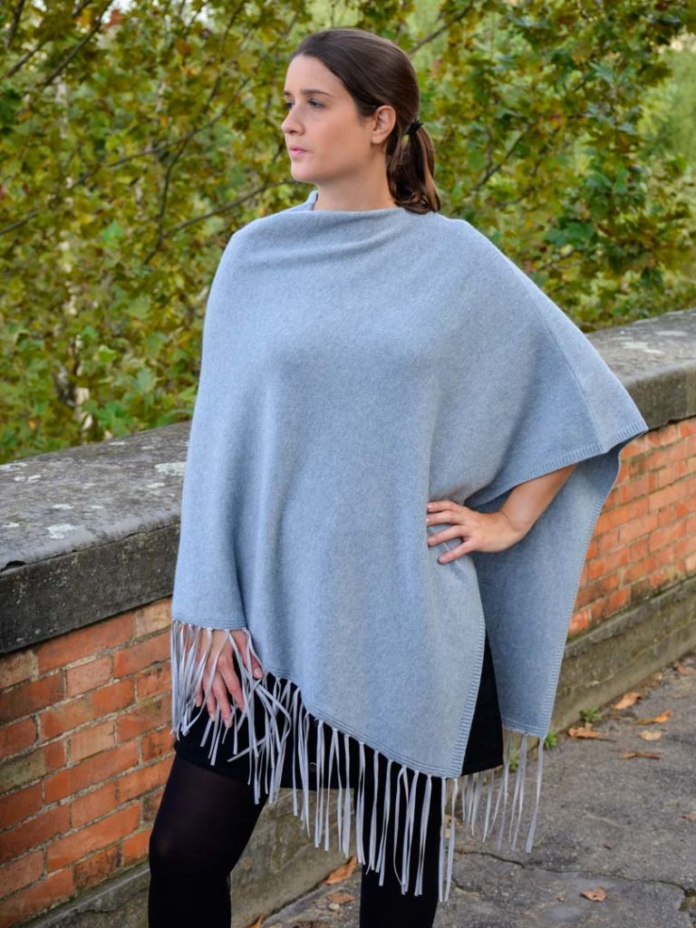 Cashmere Poncho With Fringes